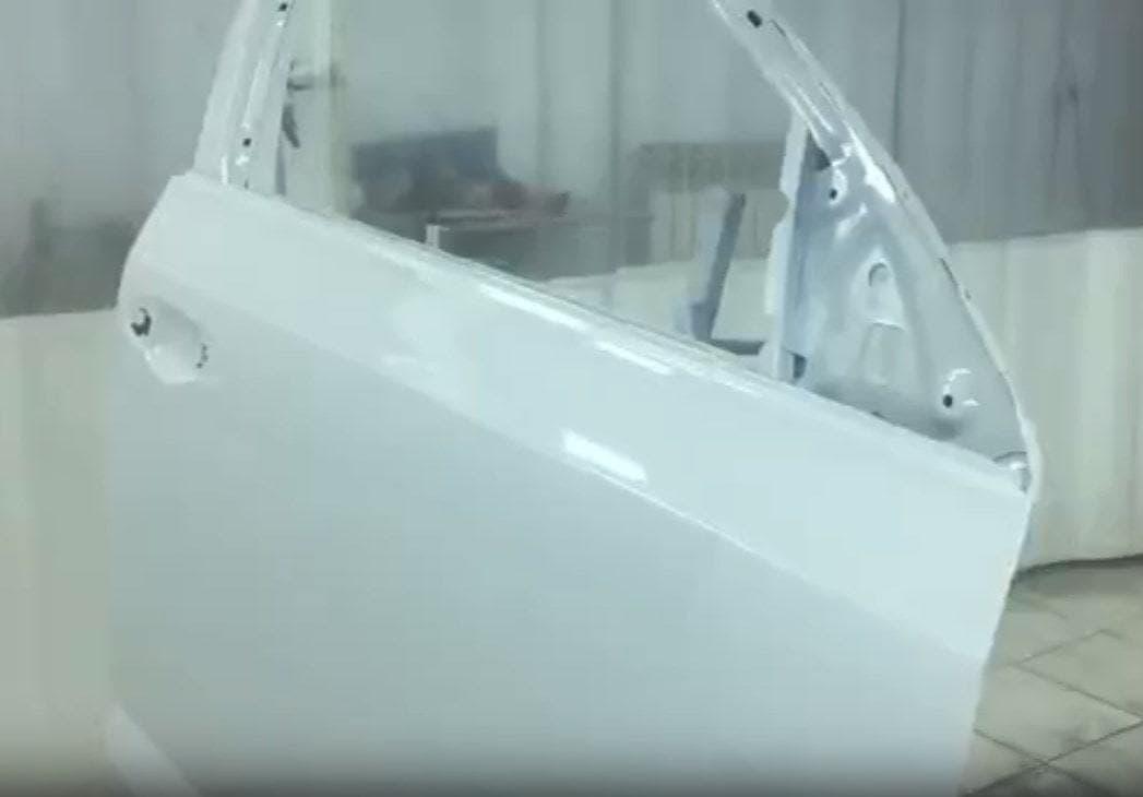 Фото результата покраски двери в «АвтосервисПрофи»